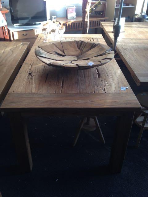 Tisch mesa de madera teakshop llucmajor for Dekoartikel aus holland