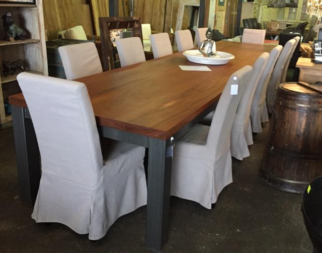 Moderner schwerer teak tisch mit metall beine teakshop for Dekoartikel aus holland