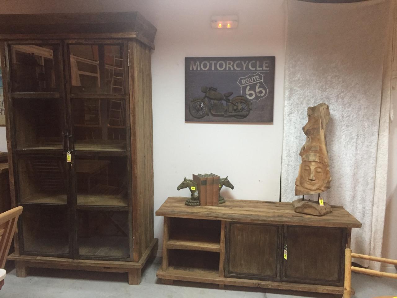 Rustikale Teakholz Schränke mit Metall Türen - Teakshop Llucmajor